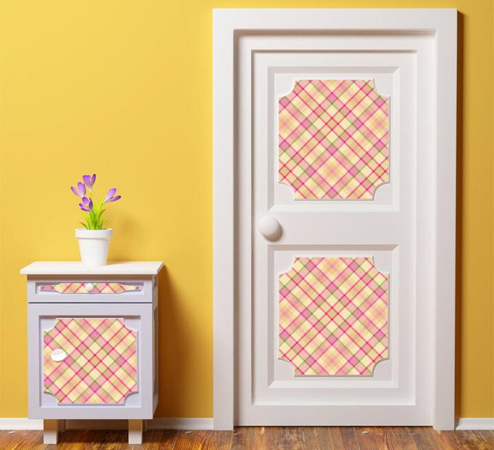 Дверь, декорированная пленкой