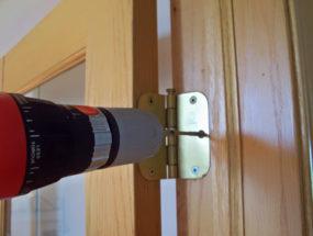 Самостоятельная установка дверных петель